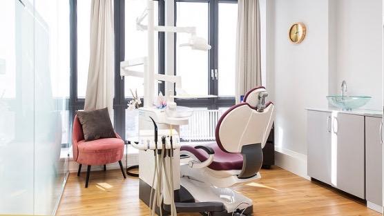 Kieferorthopädie in der Zahnarztpraxis Dental Lounge am Bellevue Zürich